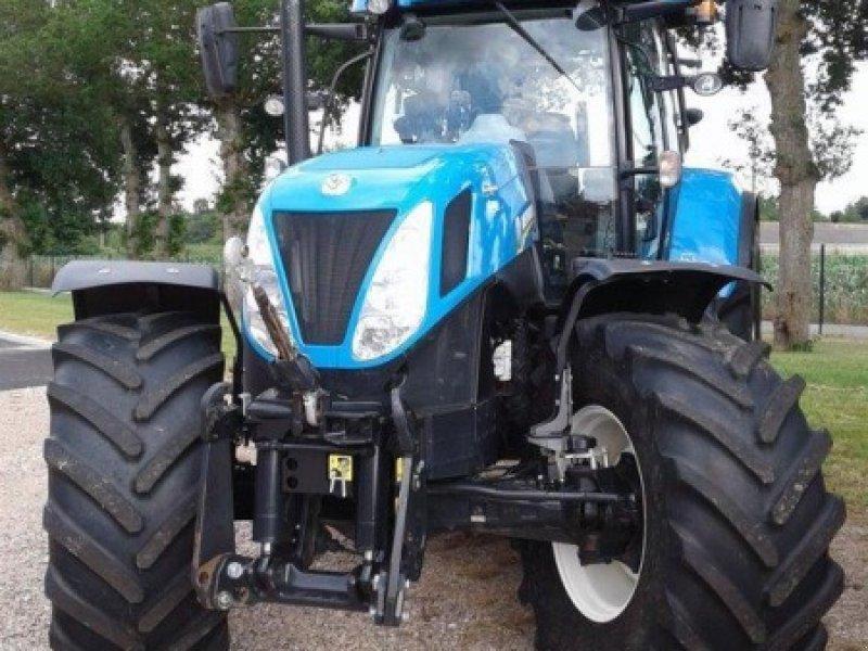 new holland autocommand traktor 35590 l 39 hermitage. Black Bedroom Furniture Sets. Home Design Ideas