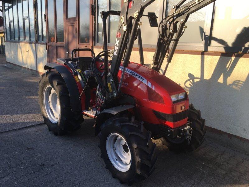 massey ferguson mf 2410 allrad traktor schlepper mit. Black Bedroom Furniture Sets. Home Design Ideas
